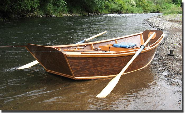 Wooden Boat Lust 8 November: The Steelhead Pram Edition